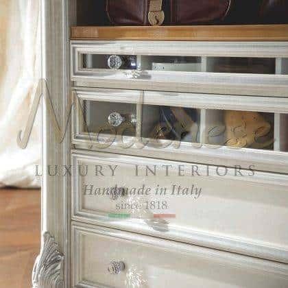 made in Italy meubles fabriqués à la main armoires en bois massif vénitien traditionnel baroque à la main avec version tiroir décorations décoratives incrustées à la main élégantes idées de design exclusives intérieurs en bois massif de qualité supérieure sur mesure ornemental