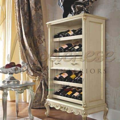artisanat de meubles de luxe de bon goût beau fabriqué en Italie détails de feuille d'or cave à vin collections de style classique traditionnel fait sur mesure bois massif exclusif meilleure qualité fabrication de meubles italiens classiques projets d'ameublement élégants