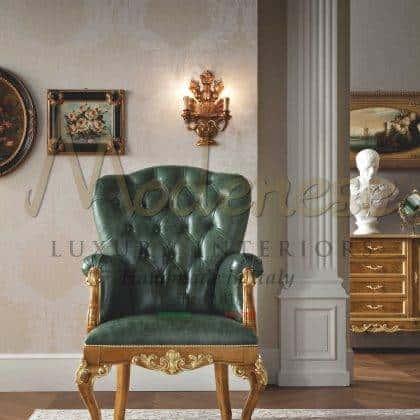 fauteuil classique de luxe en cuir rembourré fait à la main en bois massif victorien rococo 'élégant style élégant fauteuils raffinés faits à la main idées de fauteuils raffinés haut de gamme de style baroque vénitien meubles exclusifs meilleure qualité d'intérieurs artisanaux production d'intérieurs en bois massif de qualité haut de gamme fabriqués en Italie tissus sélectionnés précieux et élégants