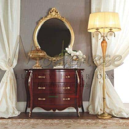 armoire rouge de luxe exclusiveì tissus de conception italienne de style classique précieux miroirs sur mesure avec des détails raffinés de feuille d'or meubles de luxe sophistiqués en bois massif fabriqués à la main luxueux palais royal meubles exclusifs sur mesure
