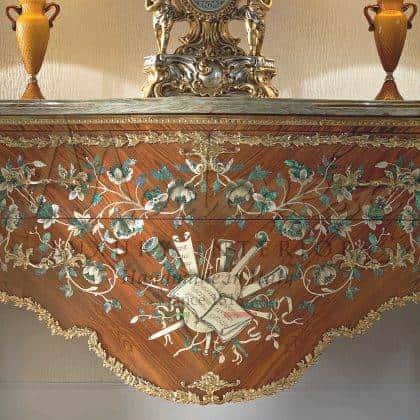 fabrication artisanale d'armoires vénitiennes sculptées à la main de qualité supérieure meilleure qualité fabriquée en Italie meubles fabriqués à la main peinture à la main élégante détails en or raffinés armoire victorienne baroque vénitienne traditionnelle meilleure qualité intérieurs en bois massif meubles décoratifs pour les projets d'ameublement élégants palais royaux
