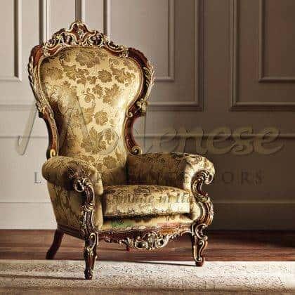 exclusif vénitien rococo 'baroque style victorien luxe classique fauteuil fait main en bois massif dans l'élégant rembourrage vert italien de qualité supérieure idées de fauteuils et de trônes raffinés à la main haut de gamme de style baroque vénitien meubles exclusifs meilleure qualité production d'intérieurs artisanaux intérieurs en bois massif de qualité haut de gamme fabriqués en Italie précieux et élégants tissus sélectionnés