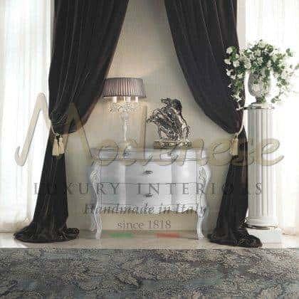 armoire blanche fabriquée à la main sophistiquée avec des détails de feuilles blanches meubles à la main style baroque traditionnel armoire en bois massif vénitien avec des tiroirs majestueux décorations de dessus ornementales incrustées à la main élégantes idées de design exclusives intérieurs en bois massif de qualité supérieure ornamenta sur mesure