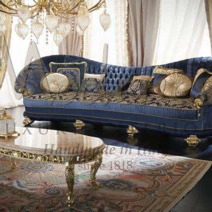 Роскошный зал в классическом стиле итальянская премиальная мебель элитный дизайн уникальные итальянские роскошные ткани дизайнерские решения элегантных интерьеров в стиле барокко на заказ эксклюзивные диваны резьба ручной работы