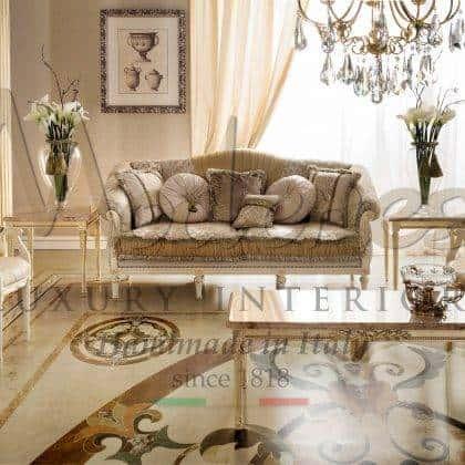 table basse exclusive et sophistiquée en marbre avec plateau en bois massif, détails en onyx de miel, personnalisation de meubles