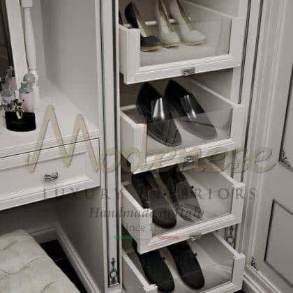 armoires italiennes classiques de luxe meubles exclusifs fabriqués à la main armoire à chaussures exclusives détails raffinés sculptés fabriqués en Italie décor en bois massif meubles fixes personnalisés empire décoration classique baroque vénitien unique exclusif en bois massif qualité haut de gamme