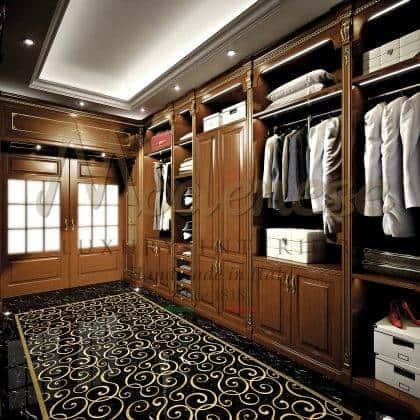 élégantes armoires italiennes classiques de luxe exclusives meubles exclusifs fabriqués à la main en Italie bois massif détails décoratifs en feuille d'or faits à la main haut armoires personnalisées meubles détails de style baroque classique fabrication exclusive de meubles de luxe en bois massif exclusif