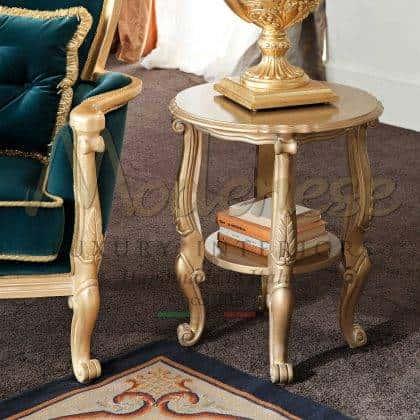 table basse exclusive en bois avec feuille d'or détails personnalisation des meubles détails finition table basse chic structure intérieur fait main vénitien meubles de style italien palace meubles de villa royale de style vénitien en bois massif.