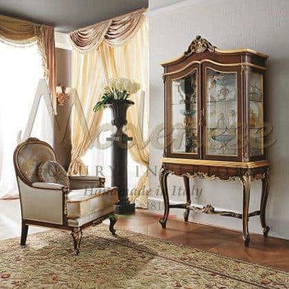 intemporel et traditionnel exclusif décor à la maison de style classique luxe made in Italy fauteuil meubles élégants salon élégant design italien unique meilleur intérieurs traditionnels sur mesure fauteuil majestueux opulent design riche haut de gamme de qualité intérieure en bois massif artisanal fabriqué en Italie fabrication de fauteuils