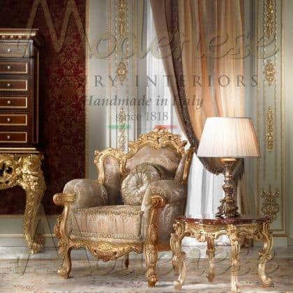 fauteuil vénitien traditionnel fabriqué en Italie fauteuil rococo victorien fait à la main en finition feuille dorée meubles sculptés à la main exclusifs idées de fauteuils de style classique élégants meubles exclusifs de style vénitien baroque de qualité supérieure production d'intérieurs artisanaux majestueux fauteuils italiens avec rembourrage précieux fabriqué en Italie intérieurs faits à la main de qualité supérieure sur mesure fabrication exclusive de meubles italiens en bois massif