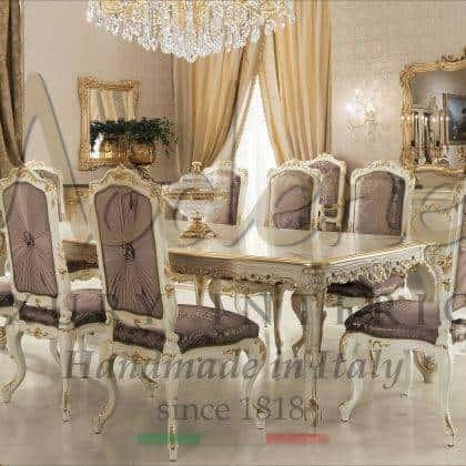 ensemble de table à manger sur mesure style vénitien traditionnel meubles de salle à manger sculptés à la main décoration supérieure à la main personnalisée précieuse fabriquée en Italie tissus classiques design de luxe de style victorien villas exclusives ameublement de maison haut de gamme meubles de luxe classiques meilleur rembourrage ornemental de qualité