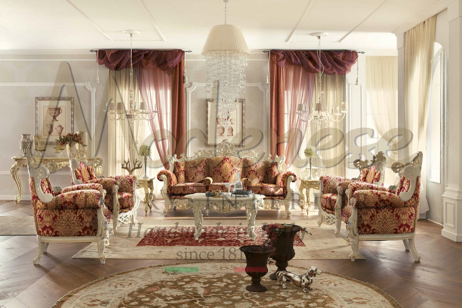 сделано в Италии роскошная классическая мебель в стиле барокко студия дизайна интерьера роскошная гостиная экспозиция предметы интерьера индивидуальные решения
